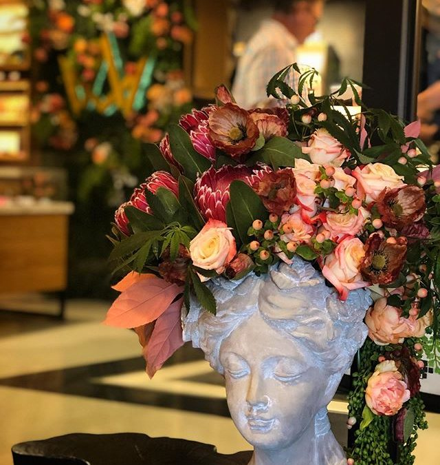 Did you know @flowersonflowerz not only does floral installs at events and custom art for photoshoots but they also can do lobby/shop florals for your dispensary or lounge. . . This one in particular can be found in @marchandashca in San Diego Every week it will change up a bit, so if you shop there be sure to take pics and tag @flowersonflowerz . . @flowersonflowerz has weekly, monthly and quarterly rates The use of real plants can be made for any dispensary in So Cal, but they also do special orders for anywhere in the country! . . Make your lobby and shop more beautiful and refreshing . Message @flowersonflowerz for details️🥦 . .