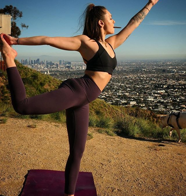 Weed. Yoga. Views. What more could you possible want  . . . @colbicat . . .